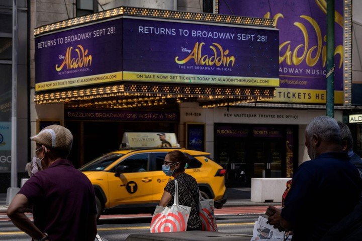 Broadway will ask for vaccines and masks to the attending public