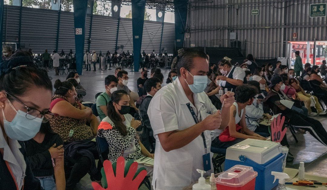 """""""Danger of contagion"""": why in Mexico having HIV or coronavirus can lead to jail"""